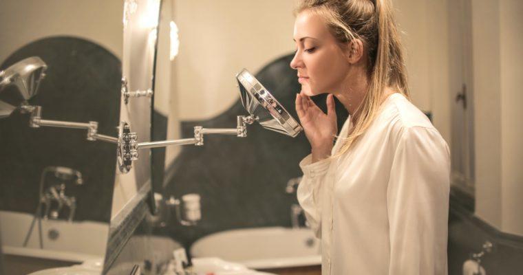 Comment vaincre l'acné chronique ? Nos 3 Astuces